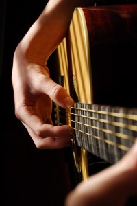 playing-guitar-845964-print